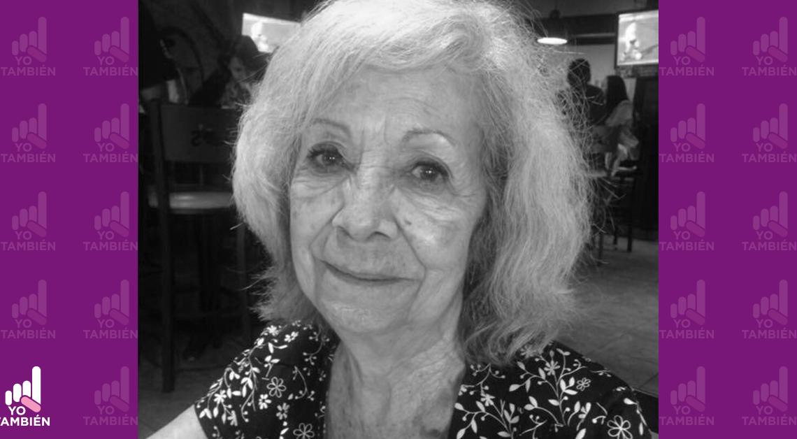 Fotografía del rostro de Judith Martínez de Vaillard, esta sonriendo, tiene unos aretes grandes con forma de aros.