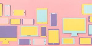 Dibujo de varios dispositivos electrónicos como celulares, tablets y computadoras