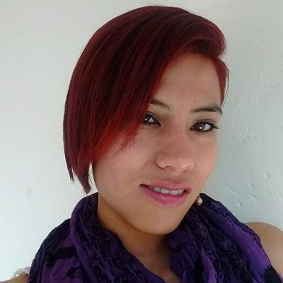 Fotografía del rostro de Alejandra Almaraz