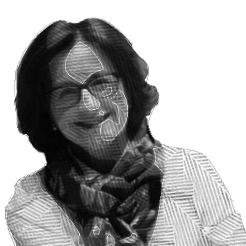 Ilustración del rostro de María Luisa viendo a de frente con una sonrisa.