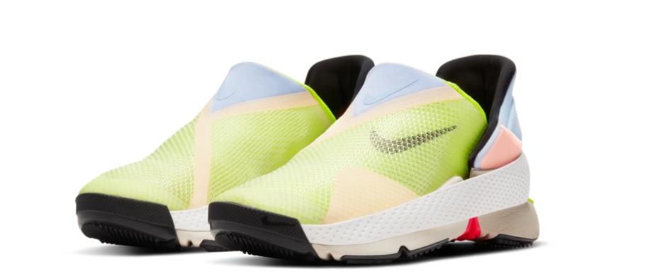 Fotografía de Nike Go FlyEase, el tenis más accesible en uno de los tres colores en los que estará disponible el modelo.
