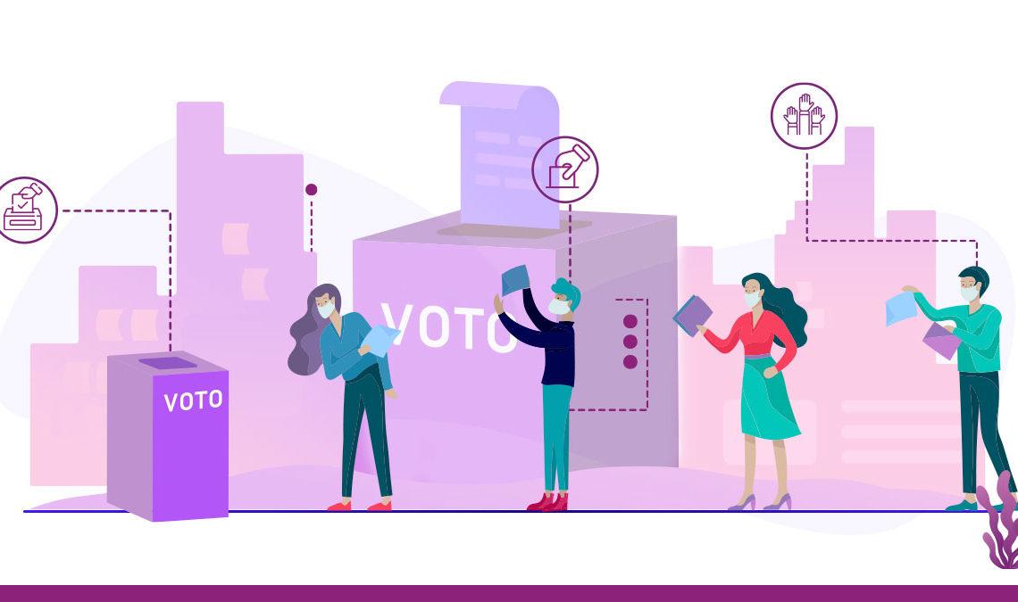 Representación gráfica de líneas de cuatro personas formadas para llegar a una casilla de votación, respetando sana distancia y con las debidas medidas de seguridad sanitaria, al fondo aparece una caja enorme de color morado con el nombre de vota al frente.