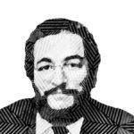 Fotografía a blanco y negro, formada por líneas del rostro de Carlos Ríos Espinosa, un hombre de cabello negro, un poco rizado y corto, tiene un rostro ancho con barba de cantado y anteojos, lleva puesto un traje formal con corbata.
