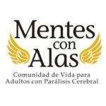 Logotipo de Mentes con alas, el texto negro sobre fondo blanco es Mente con alas, comunidad de vida para adultos con parálisis cerebral. A los costados tiene un par de alas de color dorado.
