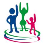Imagen con el logotipo de Kadima, tres representaciones gráficas de tres niños de color azul marino, verde bandera y rosa mexicano respectovamente, se encuentran saltando, con las manos elevadas, debajo de ellos hay tres siluetas de círculos de color azul marino, verde bandera y rosa mexicano; todo lo anterior sobre fondo de color blanco.